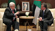 PA President Abbas with Jordanian King Abdullah II Photo: Reuters
