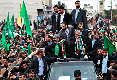 Hamas leaders during Saturday's rally in Gaza (Photo: Reuters)