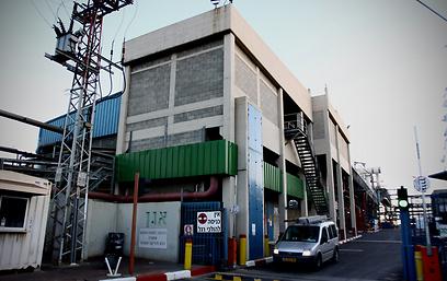 מפעל מכתשים אגן (צילום: אבי מועלם)