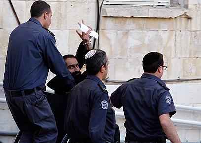 סאמר עיסאווי, משוחרר עסקת שליט שחזר לכלא (צילום: רויטרס)