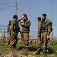 IDF forces scan area Photo: Avihu Shapira