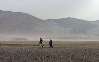 """צילומים אסתטיים על רקע הנוף. """"עמק תפארת"""" ()"""