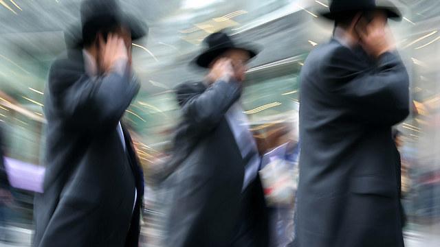 ההכנסות של משק בית חרדי מעבודה מהוות פחות מ-40% מההכנסות של משק בית יהודי לא-חרדי מעבודה (אילוסטרציה) (צילום: shutterstock)
