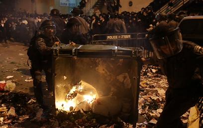 """דוגמית מטרידה. הפגנת החרדים נגד גיוס לצה""""ל בירושלים (צילום: אוהד צויגנברג)"""
