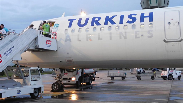 Turkish Airlines plane in Istanbul (Photo: Ziv Reinstein)
