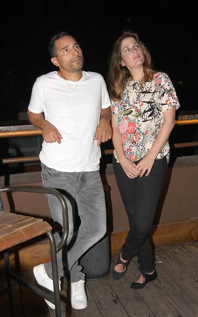 מזל טוב גם לך! מראינו אידלמן ואשתו (צילום: ענת מוסברג)