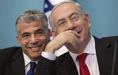 Prime Minister Benjamin Netanyahu and Finance Minister Yair Lapid (Photo: EPA) (Photo: EPA)