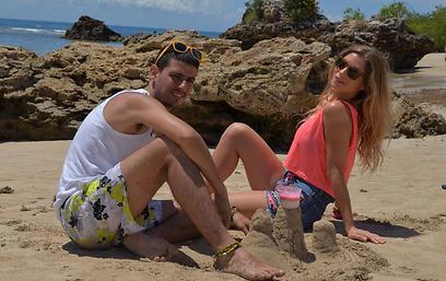 """עלילה כמו מגדלים בחול. """"מלבי אקספרס"""" (צילום: Alba vasconcelos)"""