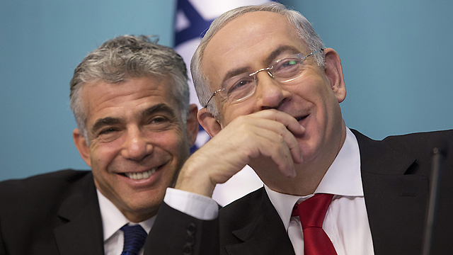 Netanyahu and Lapid (Photo: EPA)
