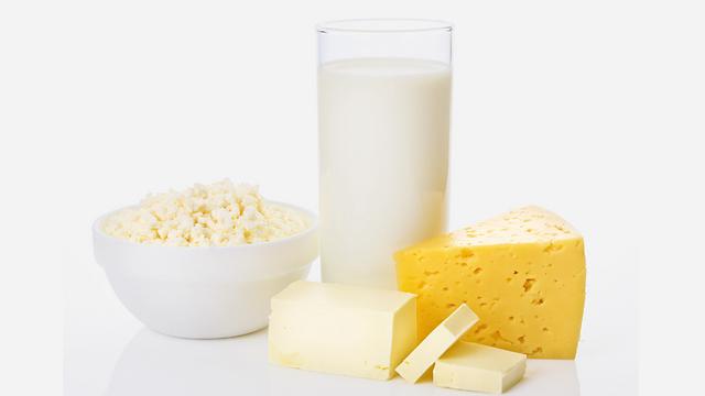 חלב העלה את הסיכון לשברים, יוגורט הקטין אותו (צילום: shutterstock )
