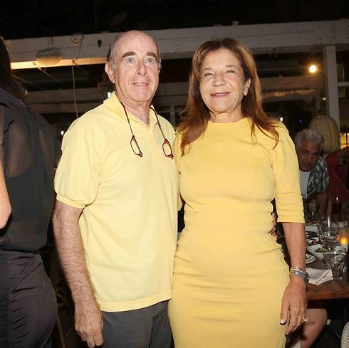 צהובים זה לזה. ג. יפית ובעלה (צילום: ענת מוסברג)