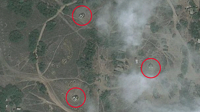 Anti-aircraft missile batteries in base near Latakia (Photo: Google Maps)