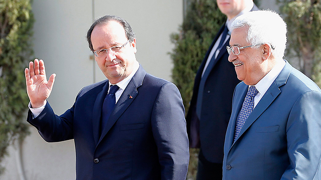 Hollande and Abbas in Ramallah (Photo: AFP) (Photo: AFP)