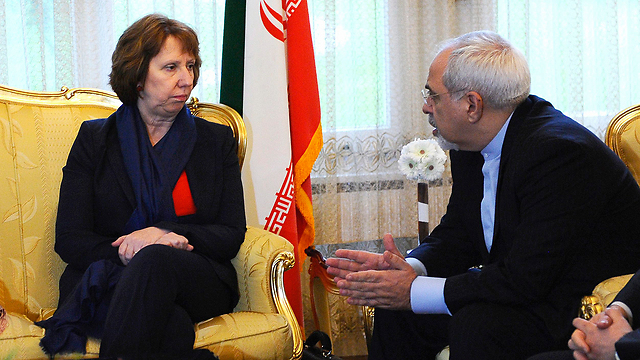 EU Catherine Ashton and Iran's Foreign Minister Mohammad Javad Zarif (Photo: EPA)