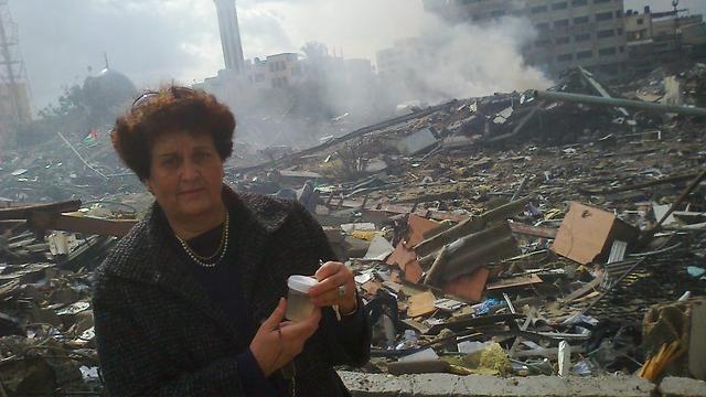 """מונא אל-פארא במחנה הפליטים נוסייראת לאחר מבצע עמוד ענן (באדיבות """"גישה"""")"""