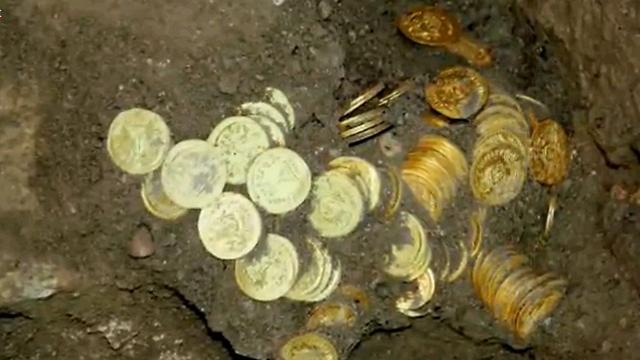 ממצאים ארכיאולוגיים בעיר דוד (צילום: אלי מנדלבאום)