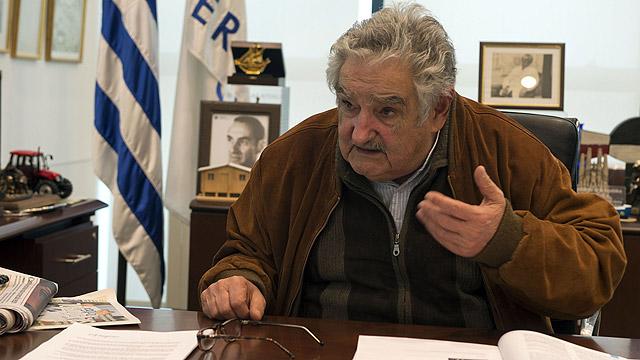נשיא אורוגוואי מוחיקה. קידם את החוק (צילום: AFP)