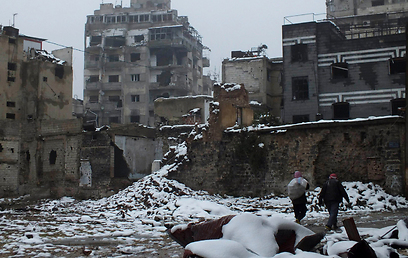 Snow storm hits Homs (Photo: Reuters)