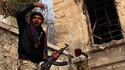 Rebels fight pro-Assad forces Photo: Reuters