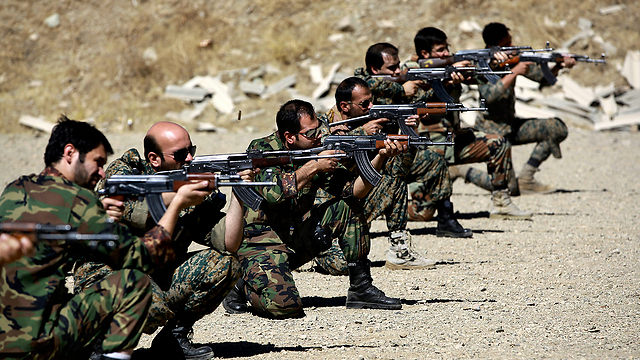 Basij, Iran's paramilitary forces, during training (Photo: AP)