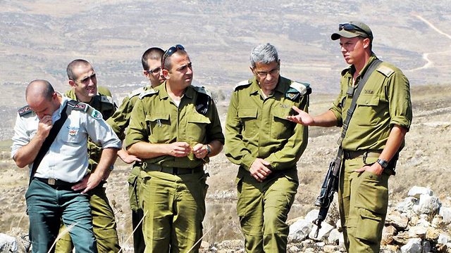 Efroni (second from right) Photo: IDF Spokesperson Unit (Photo: IDF Spokesperson Unit)