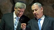 Harper, Netanyahu (Photo: EPA)