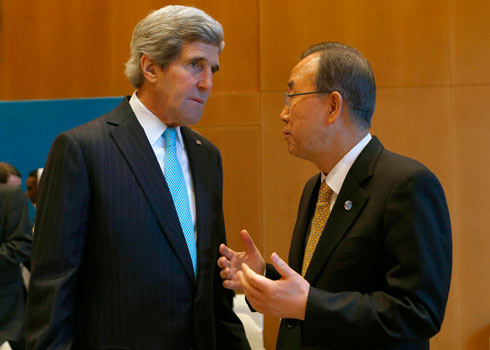Kerry with Ban Ki-moon (Photo: Reuters)