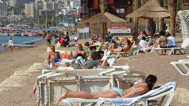 Eilat beach on Saturday morning (Photo: Meir Ohayon)