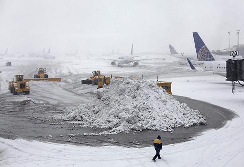 כך נראה היום נמל התעופה ניוארק (צילום: AP)