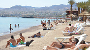 About 10,800 tourists came through Taba to Eilat in January Photo: Meir Ohayon