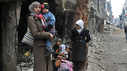 Besieged residents of Yarmouk near Damascus Photo: EPA