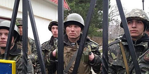 Ukrainian soldiers besieged on base