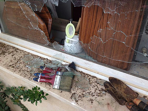 Damage to Israeli home after rocket fire from Gaza (Photo: Roee Idan) Photo: Roy Idan
