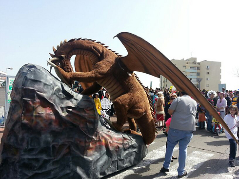 Dragon's in Nesher'