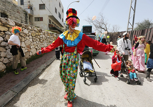 Even in Hebron Purim is celebrated (Photo: Gil Yohanan)