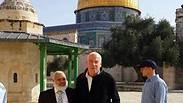 Housing Minister Uri Ariel visiting Temple Mount.