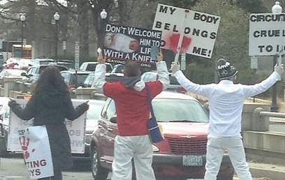 Anti circumcision protest in Washington (Photo: John R Stanton)