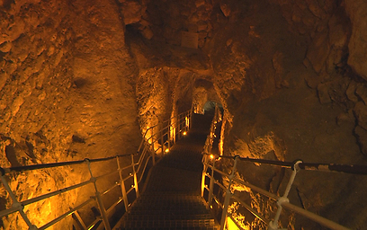 Ynetnews Travel Massive 3 800 Year Old Fortress