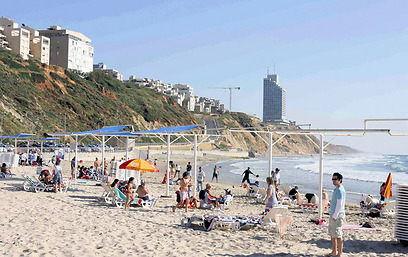 The Netanya beach that served as the stage for an attack on Eritreans. (Photo: Nimrod Glickman)