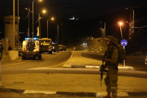 IDF troops in the area of the attack (Photo: Gil Yochanan)  (Photo: Gil Yochanan)