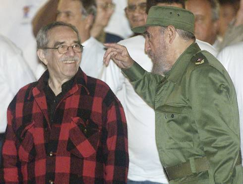 Marquez and Cuban leader Fidel Castro in 2002 (Photo: Reuters)