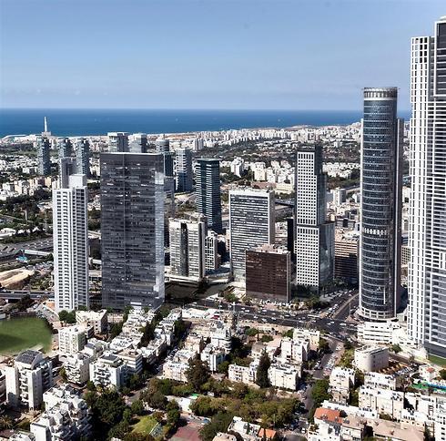 הדמיית קו הרקיע של רמת גן לאחר הגבהת מגדל הראל