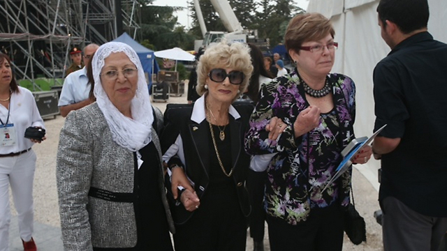 From right to left: Maxine Fassberg, Miriam Zohar and Hindia Suleiman (Photo: Motti Kimchi) (Photo: Motti Kimchi)