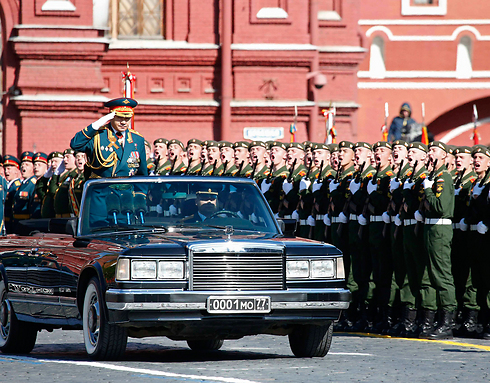 Military parade in Red Square (Photo: Reuters)