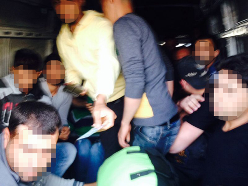 Palestinians inside the van (Photo: Israel Police)