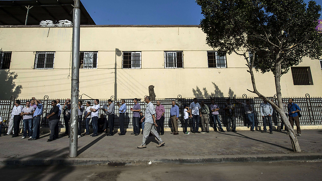 Voter lines in Cairo (Photo: AFP)
