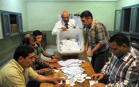 Counting the votes (Photo: AFP)