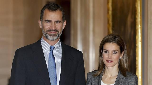 נישא לפשוטת עם. הנסיך פליפה ורעייתו לטיסיה (צילום: MCT)