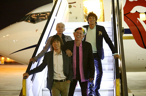 The Stones landing at Ben Gurion Airport (Photo: Orit Pnini)