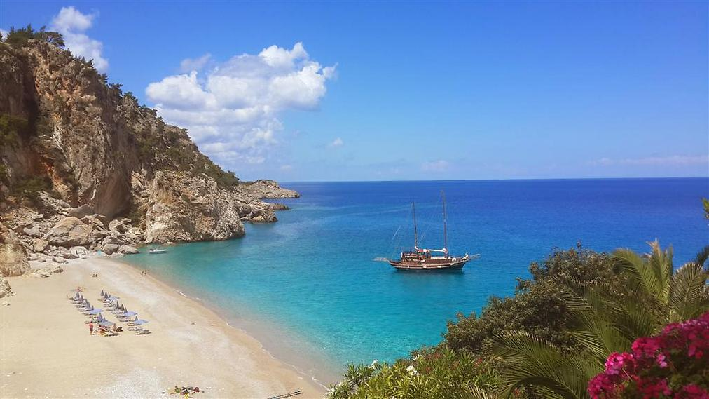 כתבה על האי קרפאטוס ביוון